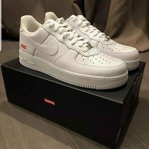 Supreme Nike Air Force 1 Collab