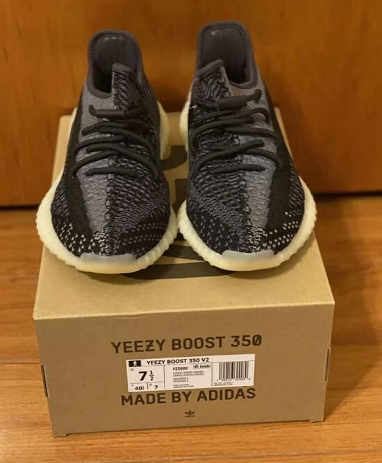 Adidas Yeezy Boost 350 Carbon Mens Size 7.5 New With Receipt