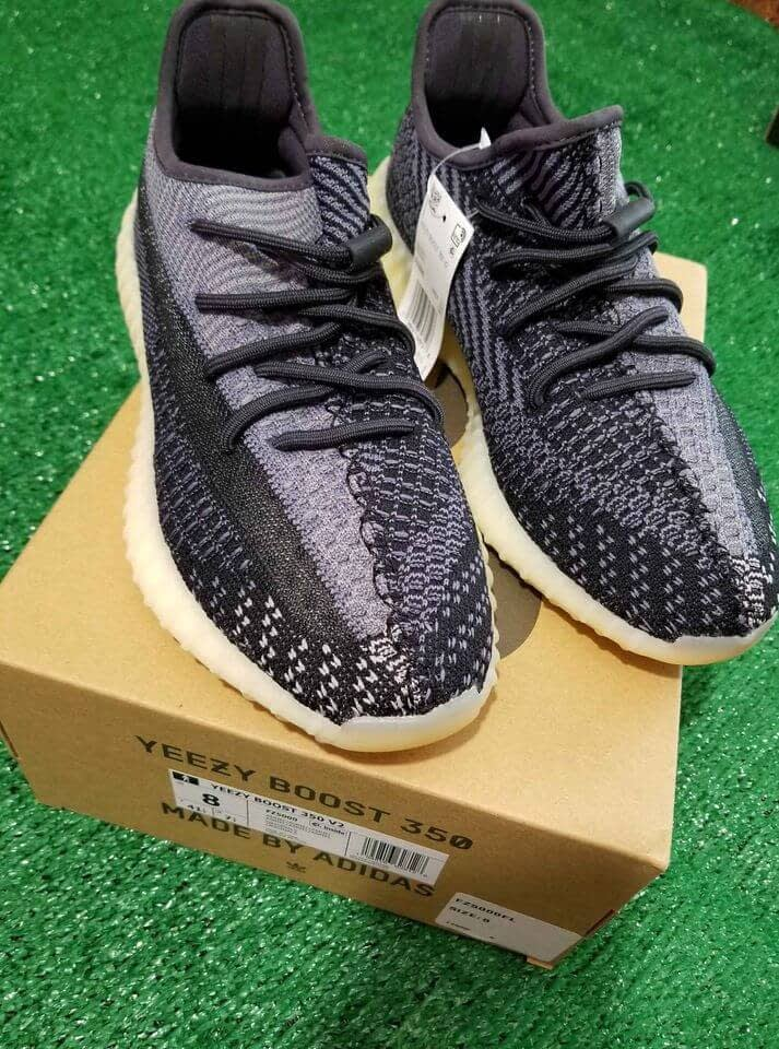Adidas Yeezy Bost 350 V2 Carbon Size 8 3