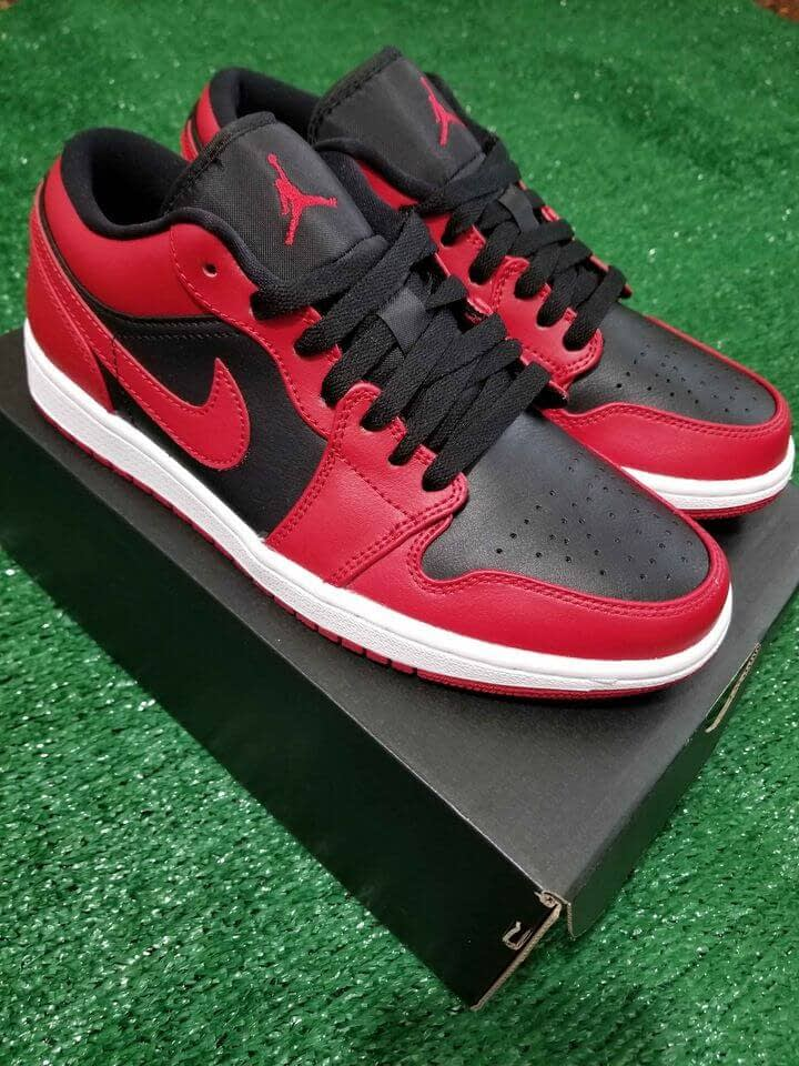 Nike Air Jordan 1 Low Red Black Color Size 7.5